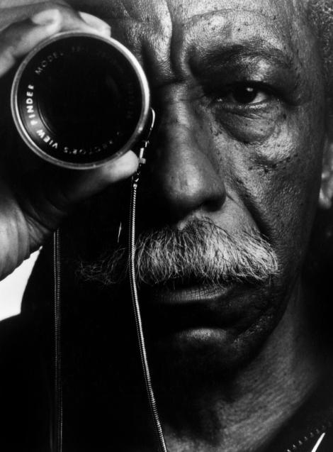 Gordon-Parks-Portrait-by-Toni-Parks-Parsons (2)
